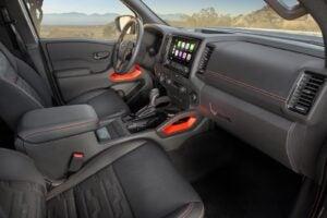 2022 Nissan Frontier interior