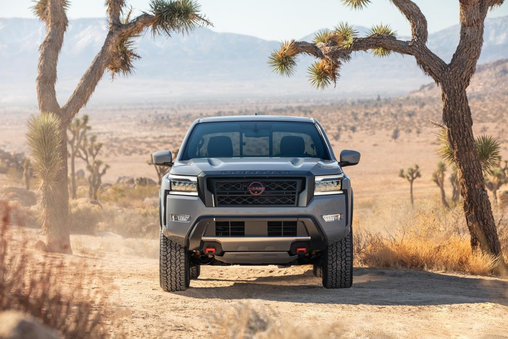 2022 Nissan Frontier - nose-on