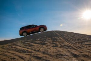 2022 Nissan Pathfinder climbing hill