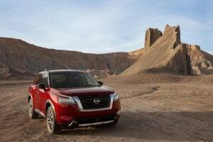 2022 Nissan Pathfinder in the desert