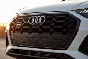 2021 Audi SQ5 grille