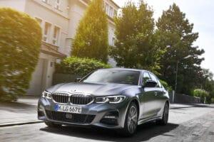 2021 BMW 330e sedan front