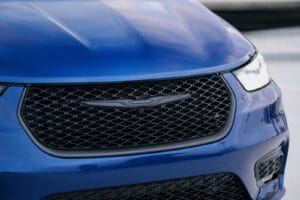 2021 Chrysler Pacifica Lts AWD S grille
