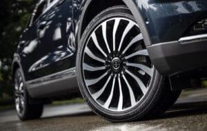 2021 Lincoln Nautilus flight blue wheel