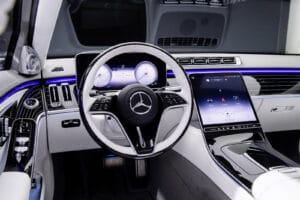 2021 Mercedes-Maybach S-Class cockpit light color