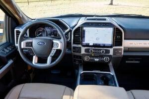 2022 Ford F-Series Super Duty cockpit