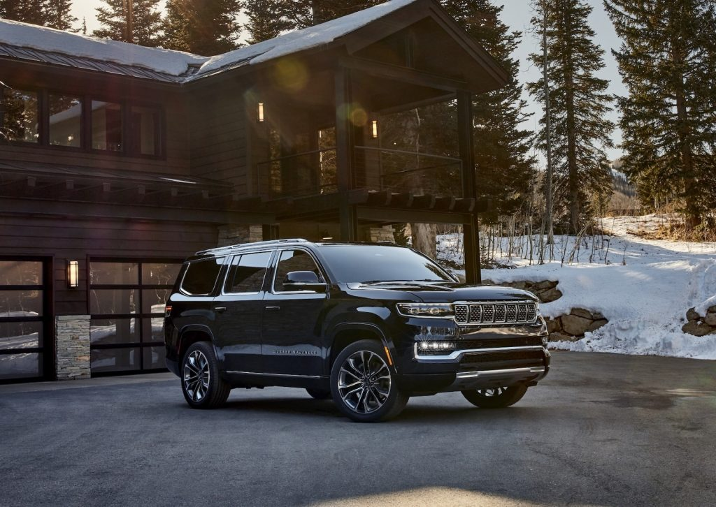 2022 Jeep Grand Wagoneer navy front
