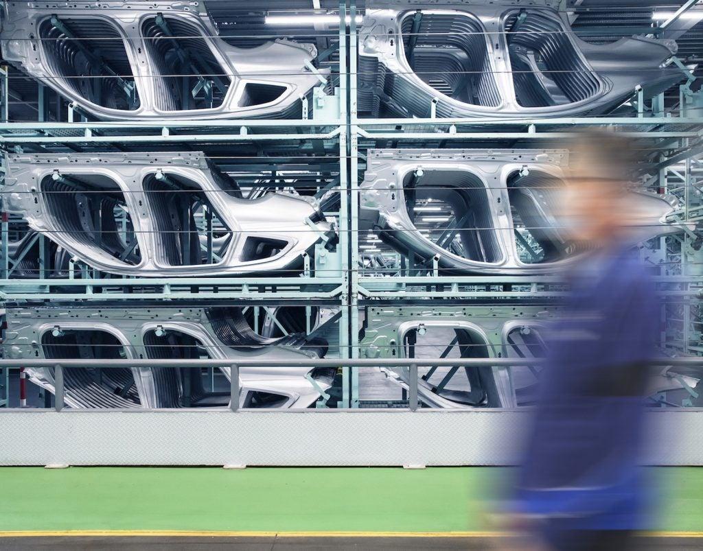 Cuadros de acero libres de emisiones de carbono de BMW