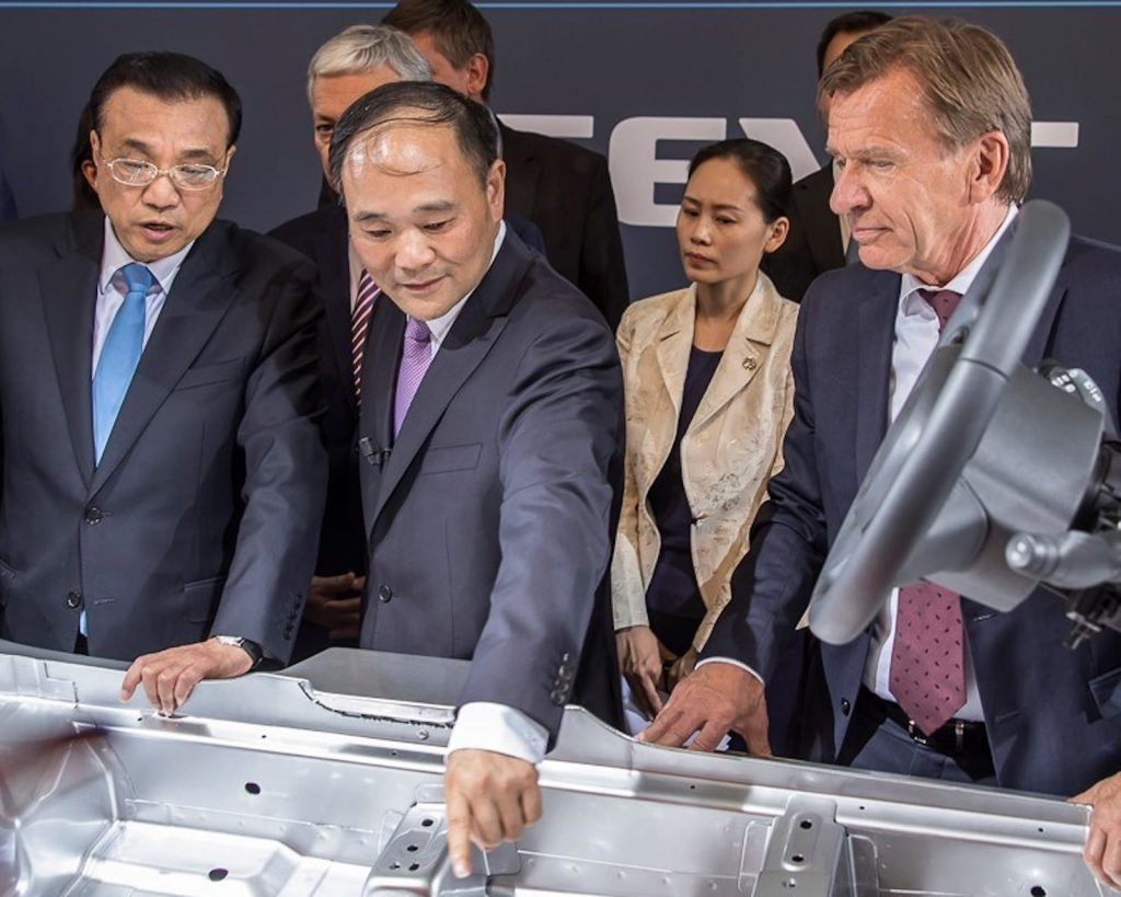 Der Vorsitzende und CEO der Volvo Car Group trifft sich mit den Premierministern von China und Belgien