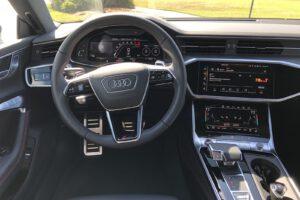 2021 Audi RS 7 cockpit