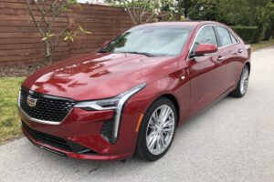 2021 Cadillac CT4 500T front