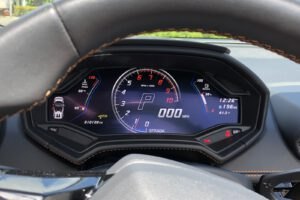 2021 Lamborghini Huracán EVO RWD Spyder gauges