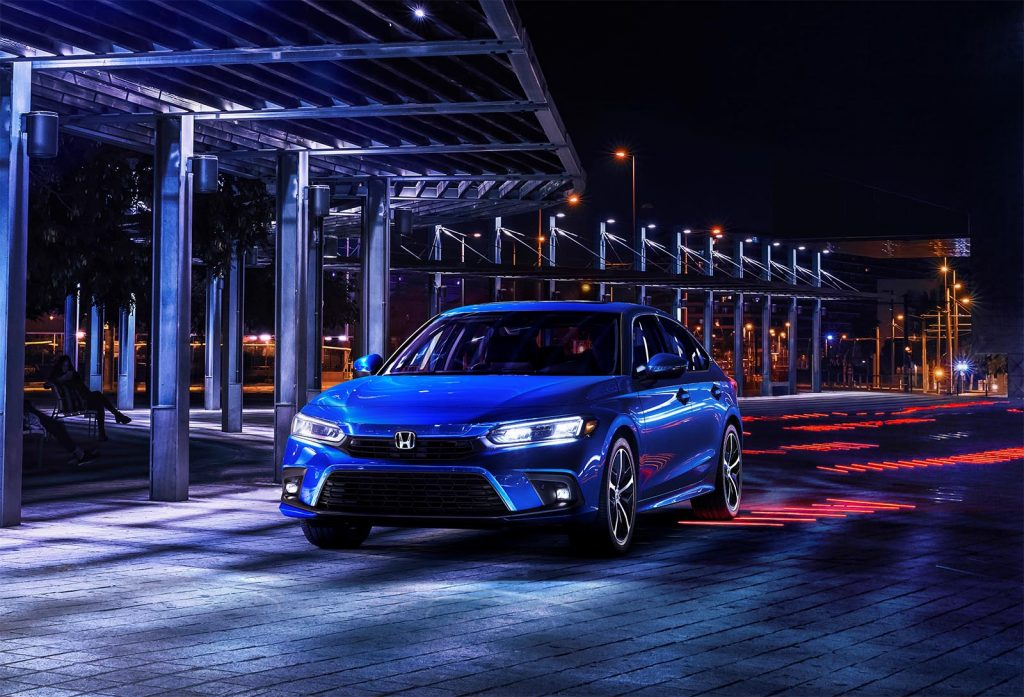 2022 Honda Civic Sedan Touring - front 3-4