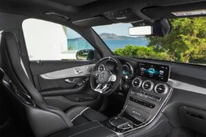 2022 Mercedes-AMG GLC 63 S - interior