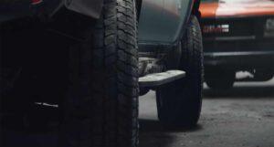 2024 GMC Hummer EV SUV - crabwalk