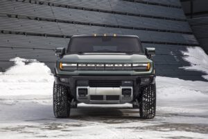 2024 GMC Hummer EV SUV nose