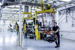 Daimler Volvo fuel cell production line