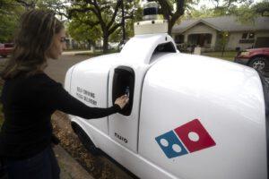 Domino Nuro R2 Robot delivers