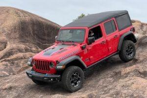 Jeep Wrangler 4xe Rubicon descent
