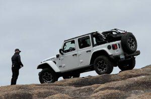 Jeep Wrangler 4xe Rubicon white