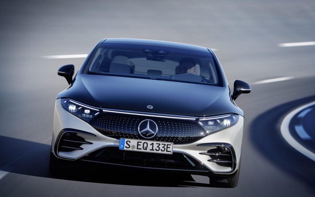 Mercedes EQS nose