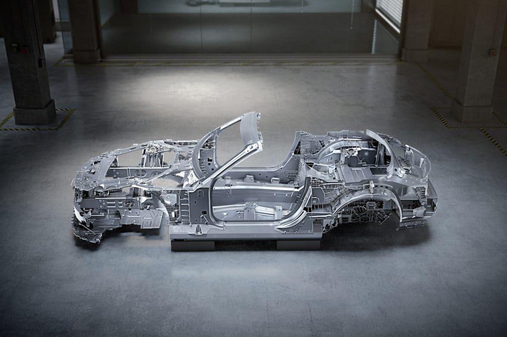 Mercedes-AMG SL bodyshell side