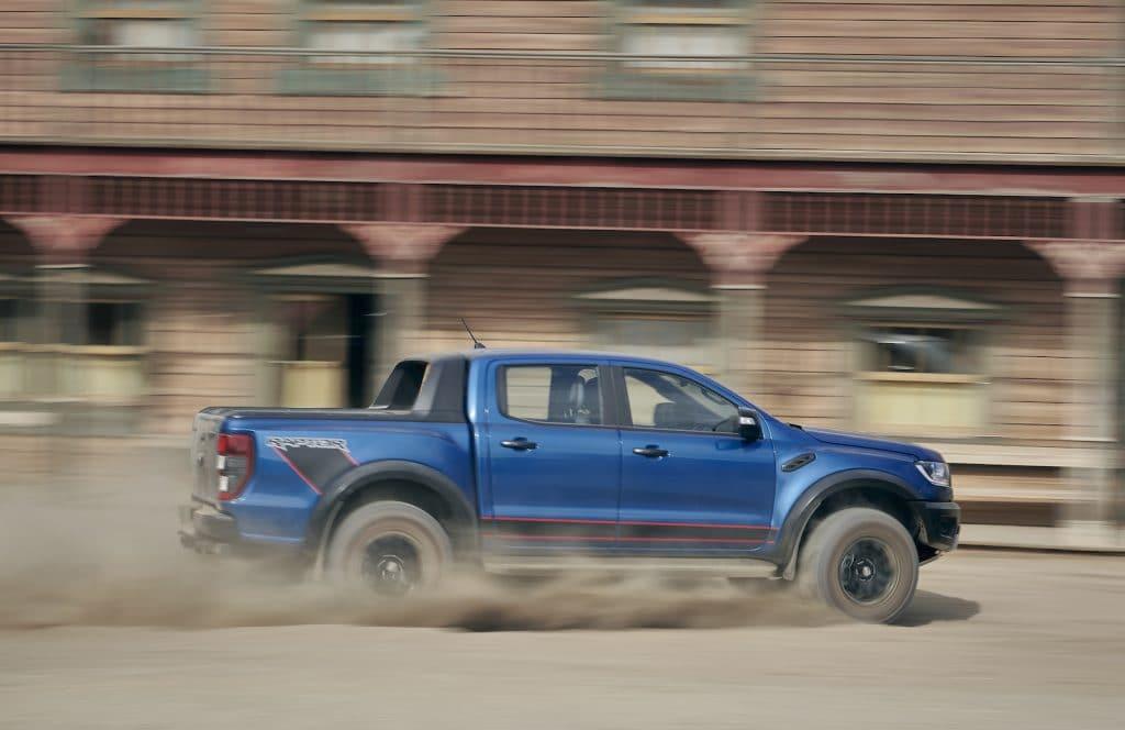 Ford Ranger Raptor Mexico side