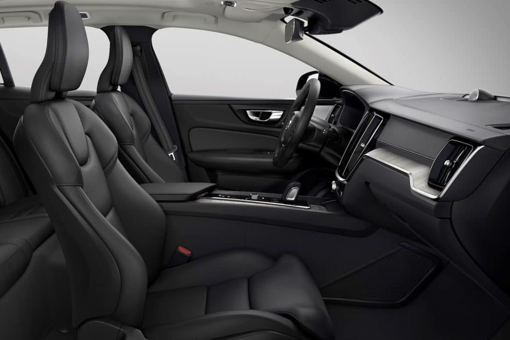 V60 Cross Country, Leather Charcoal in Charcoal interior