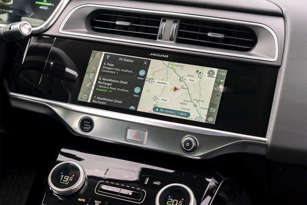 2022 Jaguar I-Pace - touchscreen
