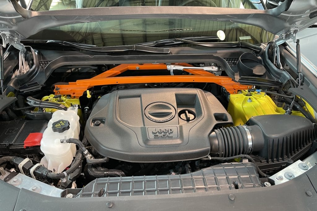 2022 Jeep Grand Cherokee 3.6-liter V-6 engine