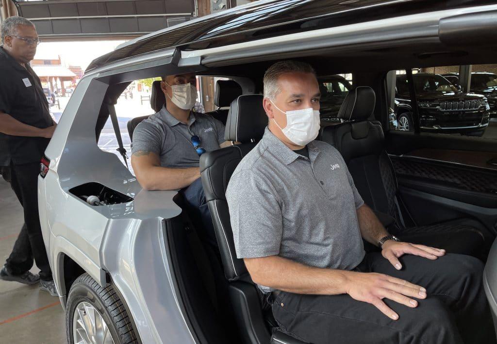 2022 Jeep Grand Cherokee cutaway with passengers