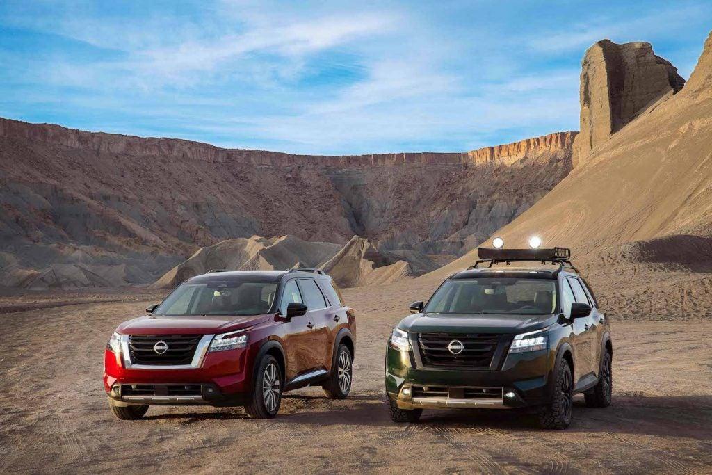 2022 Nissan Pathfinder on- and off-roader