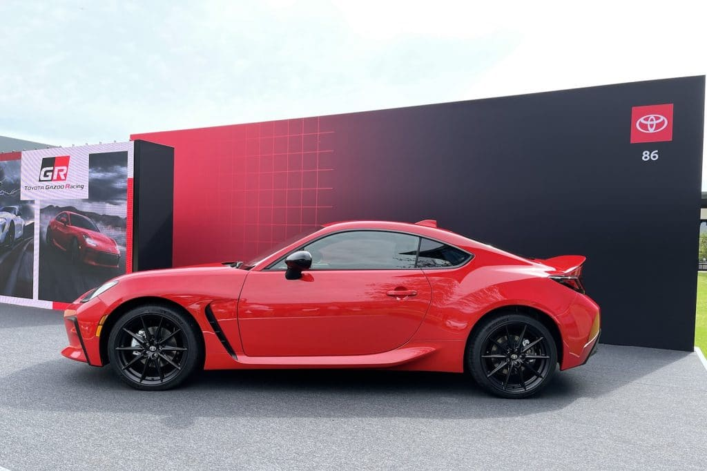 2022 Toyota 86 side on stand