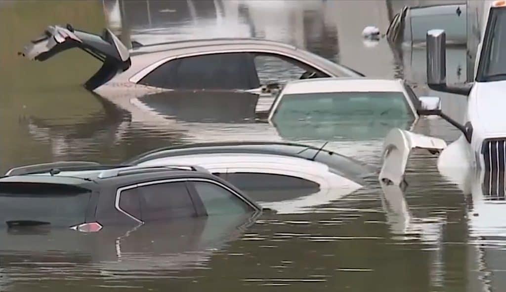 Detroit road floods
