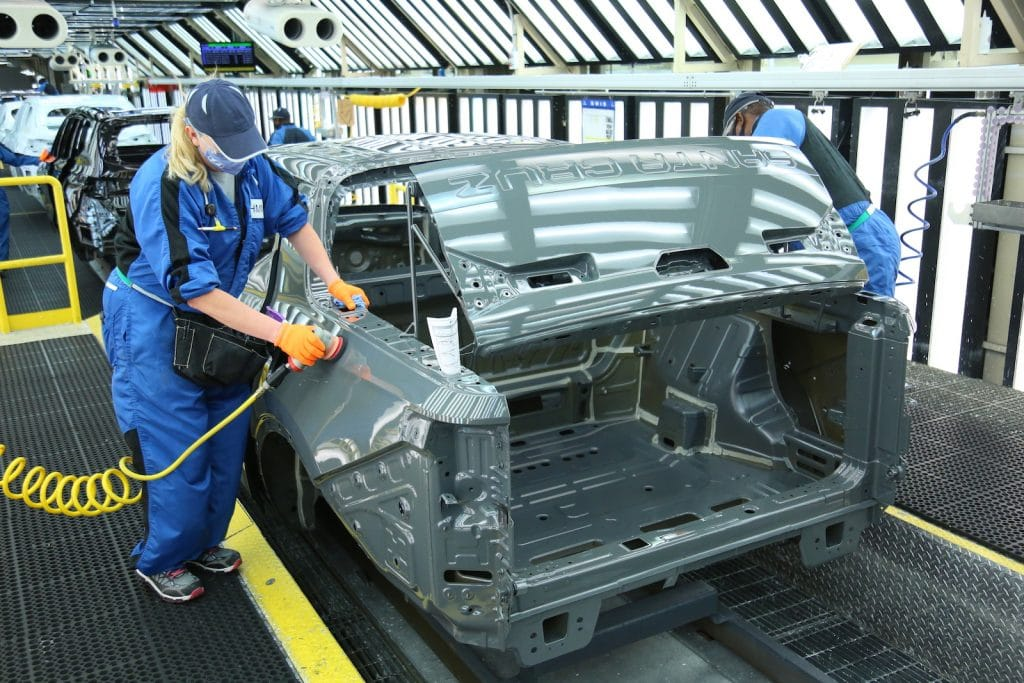 Hyundai Santa Cruz line worker