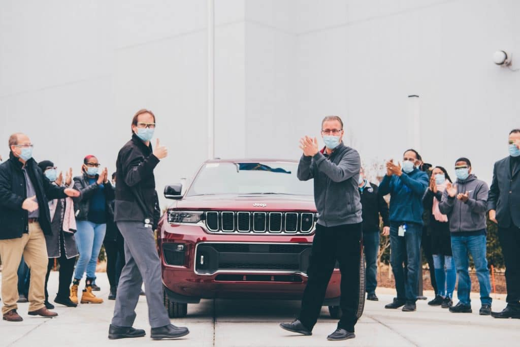 Detroit Assembly Complex – Mack Plant Manager Michael Brieda (front left) and UAW Local 51 President Casey Fiddler join plant employees in celebrating the reveal of the 2021 Jeep Grand Cherokee L. FCAinvested $1.6 billion to build the first new assembly plant in the city of Detroit in nearly 30 years to produce the all-new three-row SUV. The company will add 3,850 new jobs to support production, which will launch later this quarter.