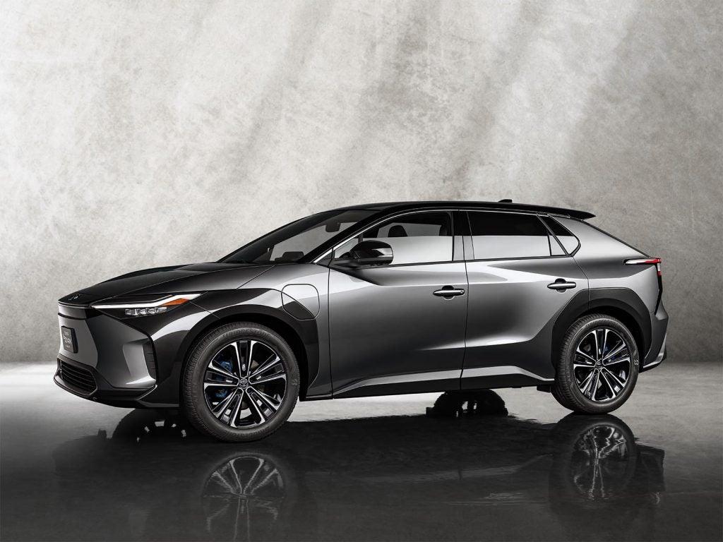 Toyota bZ4X Concept - front 3-4