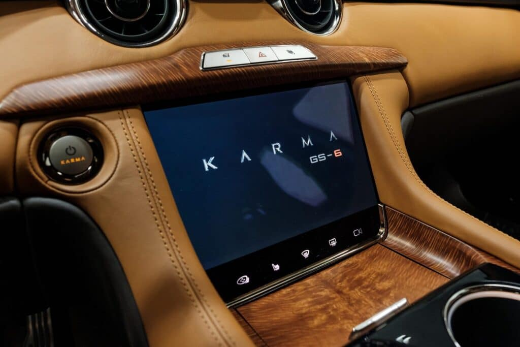 2021 Karma GS-6 touchscreen