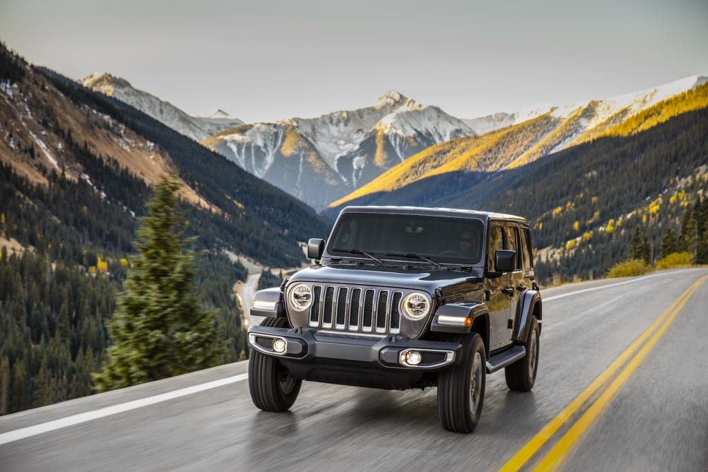 Jeep Wrangler Gorilla Glass driving