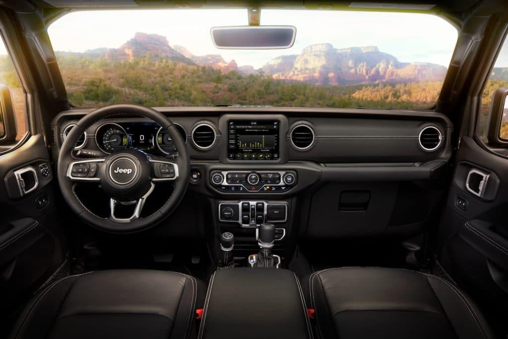 Jeep Wrangler Gorilla Glass interior