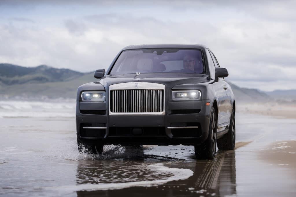 2021 Rolls-Royce Cullinan nose
