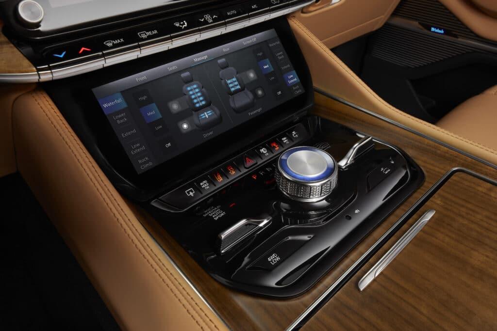 2022 Grand Wagoneer comfort touchscreen