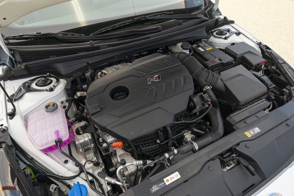 2022 Hyundai Elantra N engine