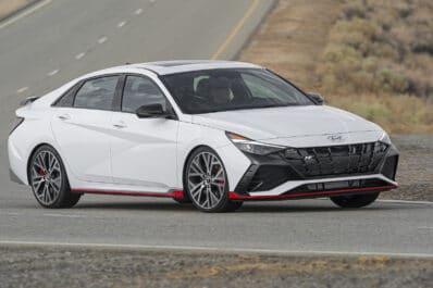 2022 Hyundai Elantra N front