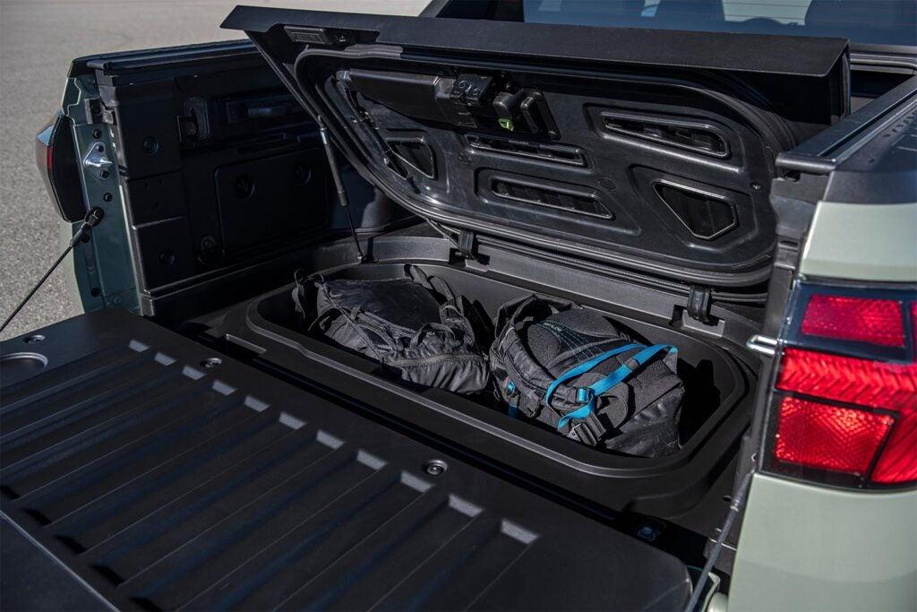 2022 Hyundai Santa Cruz - locking bed storage