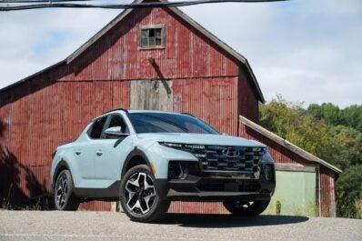 2022 Hyundai Santa Cruz - with barn