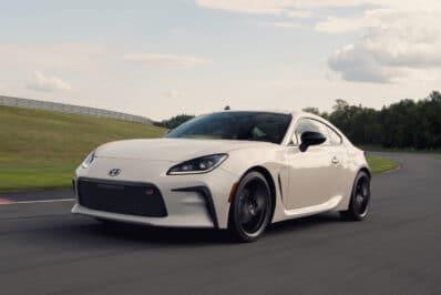 2022 Toyota GR 86 white on track