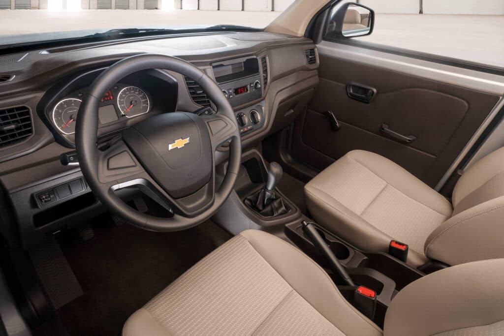 Chevrolet Tornado van interior
