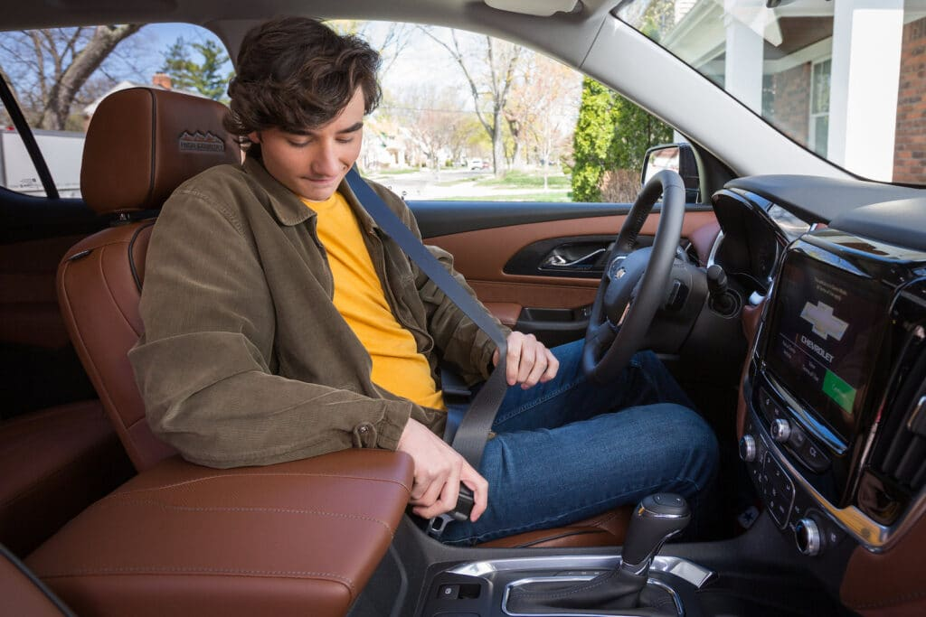 GM's Buckle to Drive teen driver