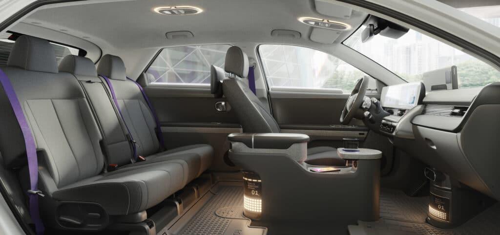 Hyundai Motional robotaxi cutaway